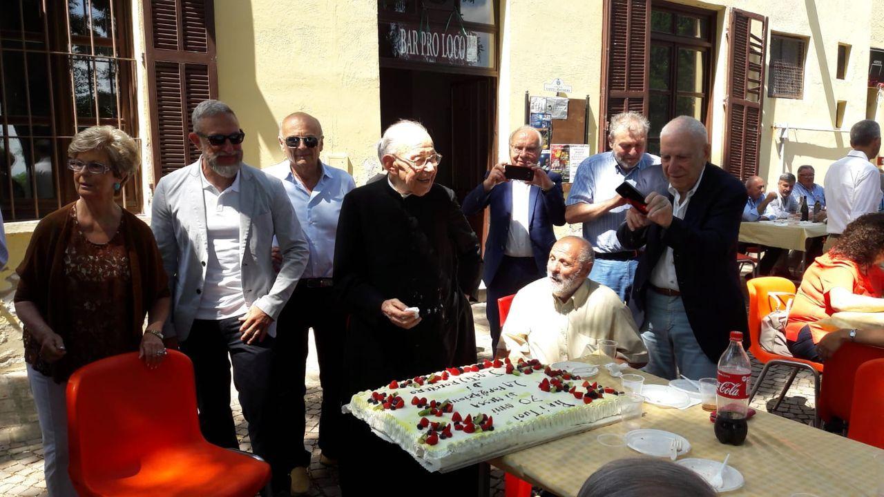Photo of Castel Rocchero: festa per i 70 anni di sacerdozio di mons. Renzo Gatti