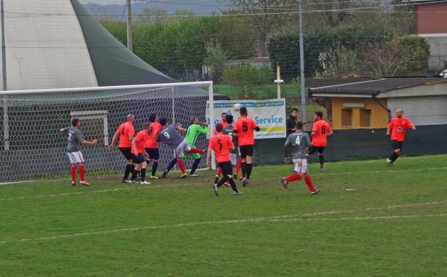 Calcio: Cassine - Lucento