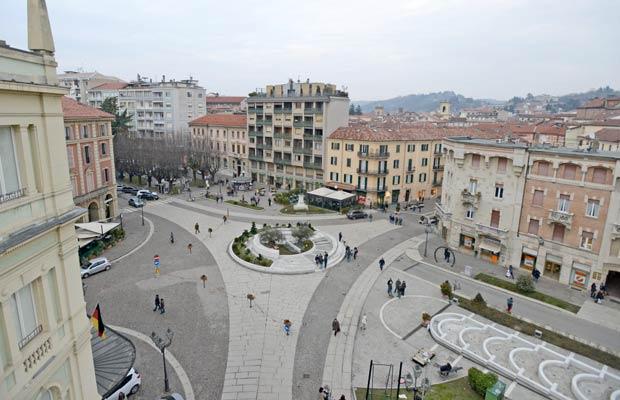 Acqui Terme - piazza Italia
