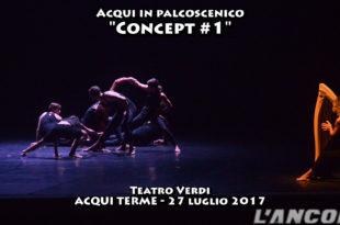 Acqui in palcoscenico ballerini che danzano