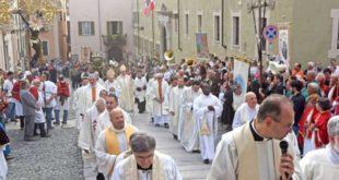 Processione per la festa patronale di San Guido