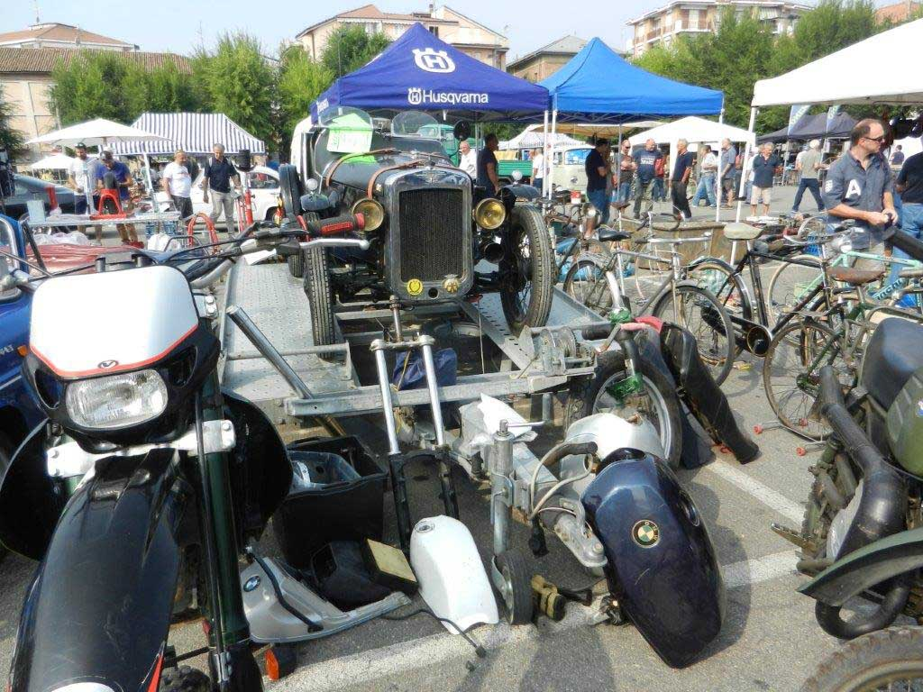 Photo of Mostra scambio automobili cicli e  motocicli d'epoca