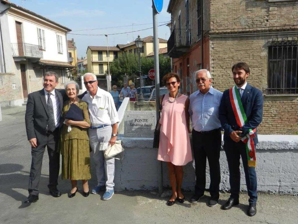 inaugurazione con il sindaco e le autorità del ponte a Nizza