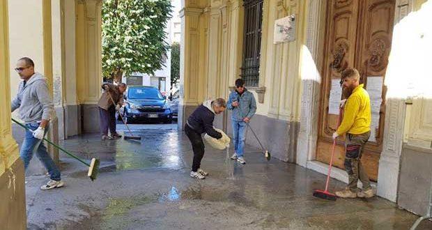 pulizia portici via XX Settembre