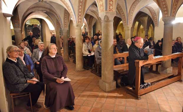 sereta di preghiera per il compleanno del Vescovo