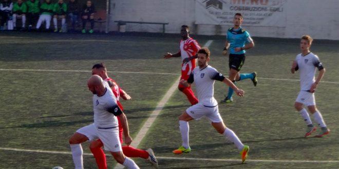 calcio, fasi di gioco della partita tra Rapid Torino e Acqui