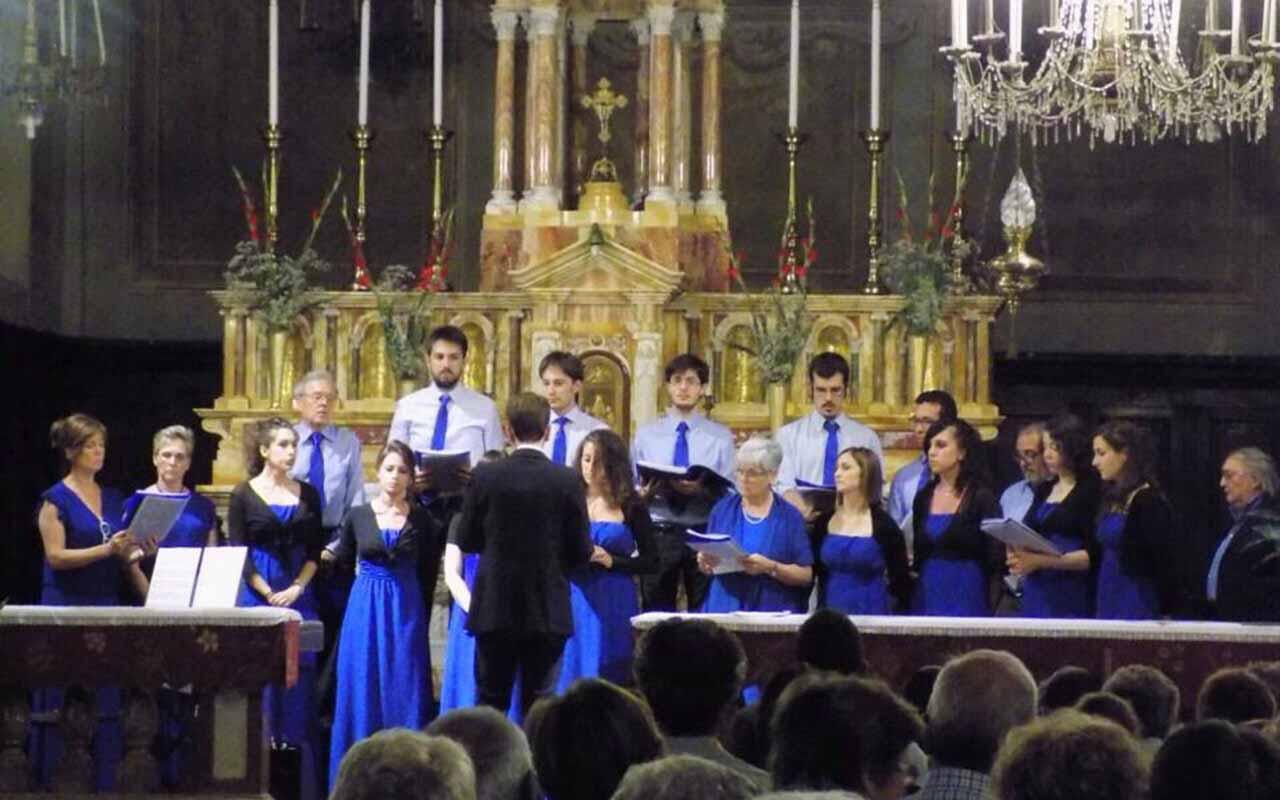 Coro a Natale a Visone