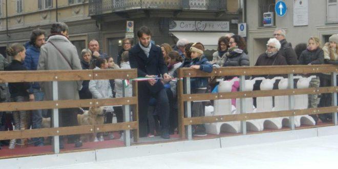 Inaugurazione pista di pattinaggio su ghiaccio a Nizza Monferrato