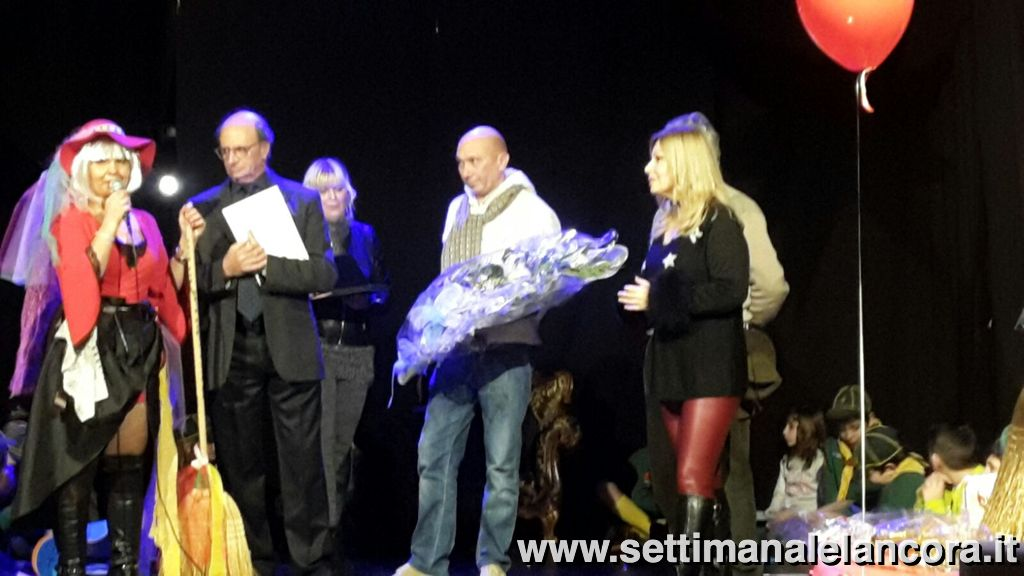 "Photo of ""Miss Befana"" fa sorridere Castelnuovo Bormida"