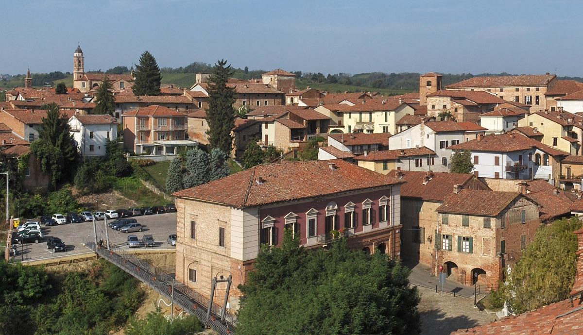 un panorama di Cassine