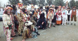 il folto gruppo del Carnevale rocchese