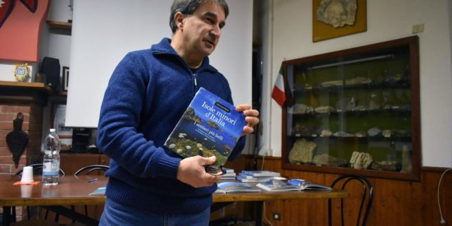 """Proiezione fotografica al Cai di Acqui, """"Isole minori d'Italia - I sentieri più belli"""""""