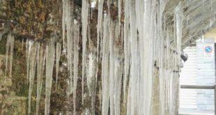 candelotti di ghiaccio