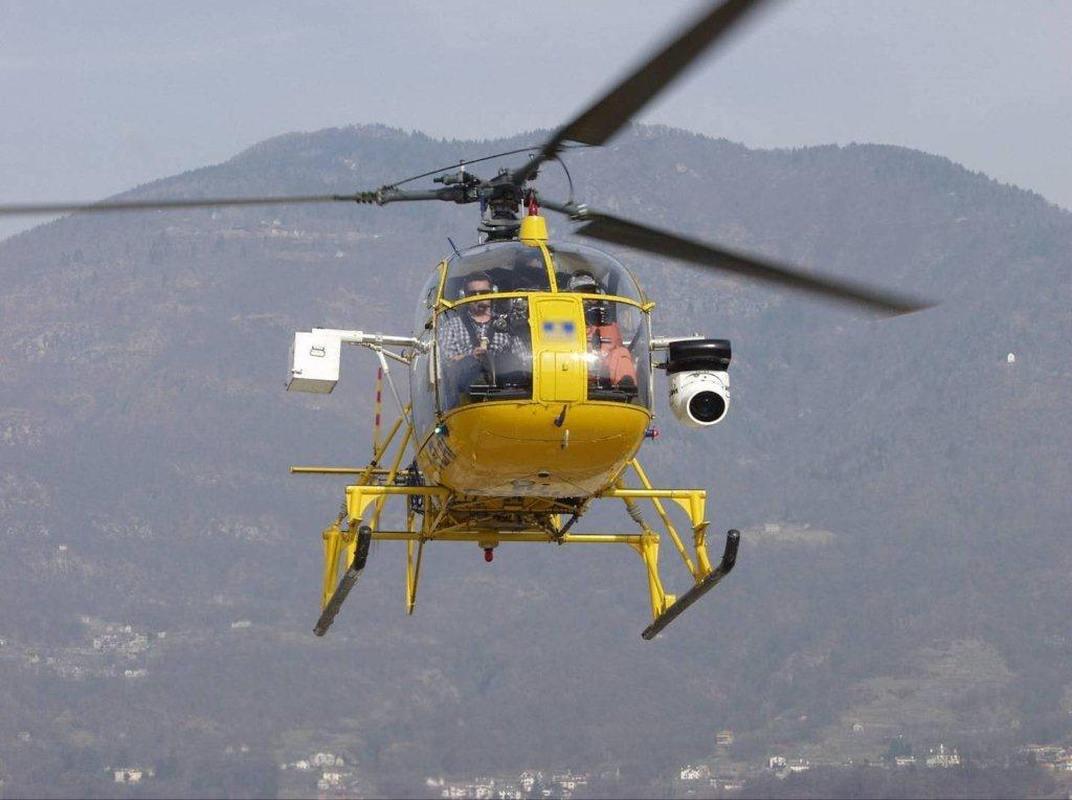 Elicotteri a bassa quota per controllare le linee ENEL