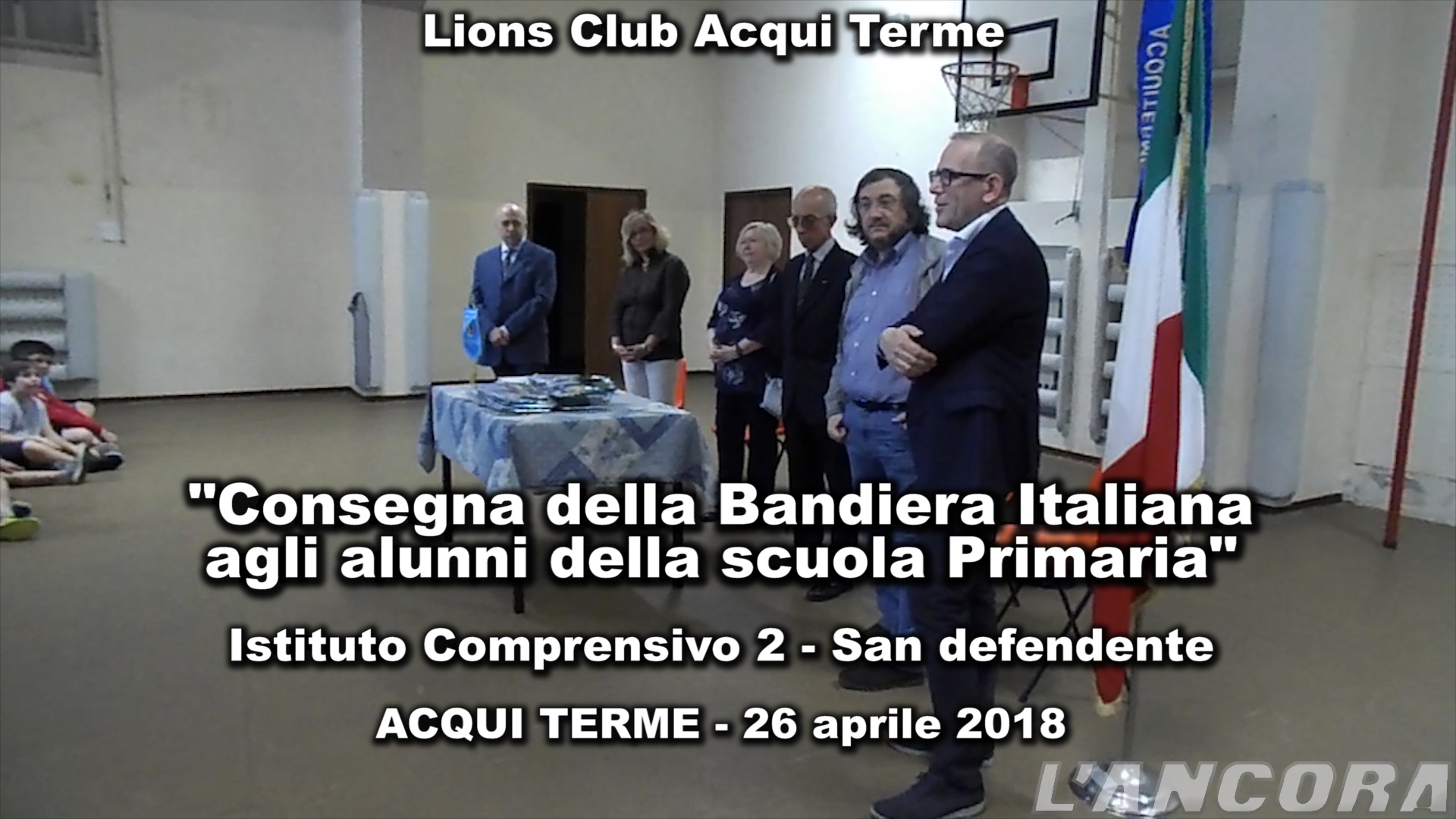 Video - Consegna bandiera italiana