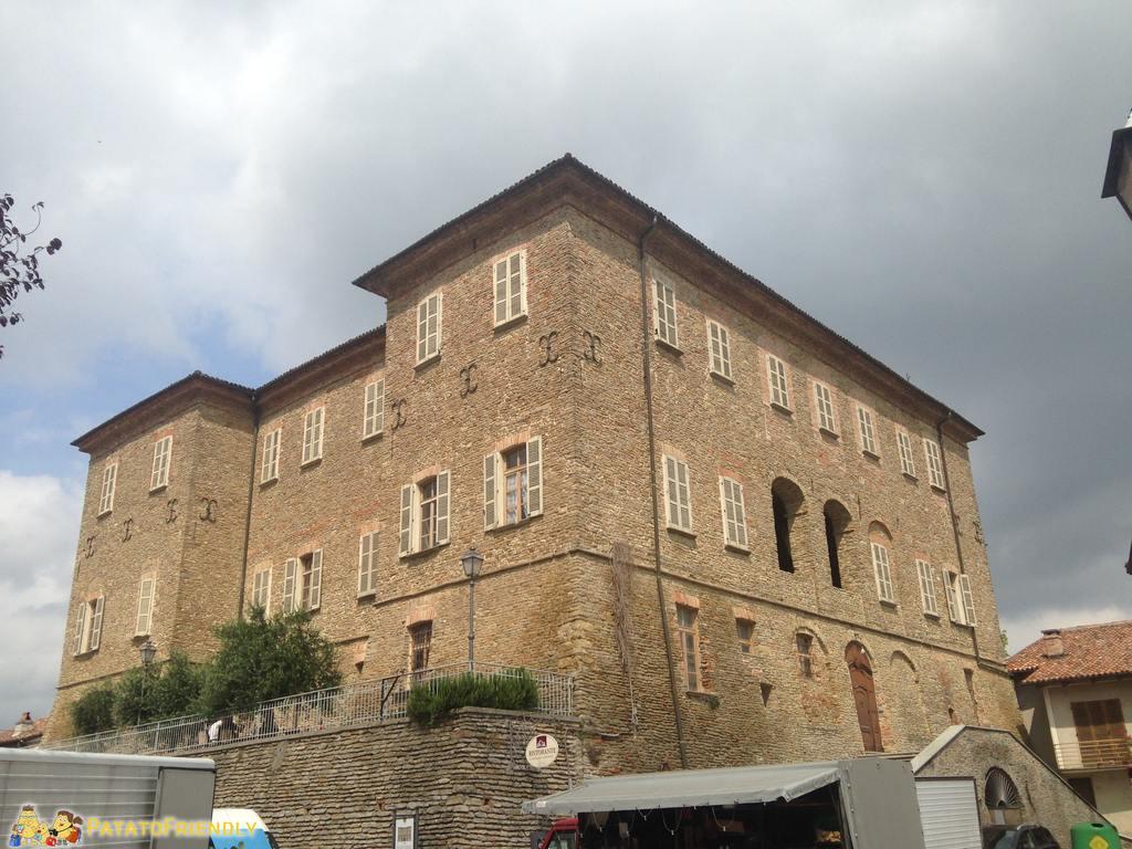 Castello di Mango