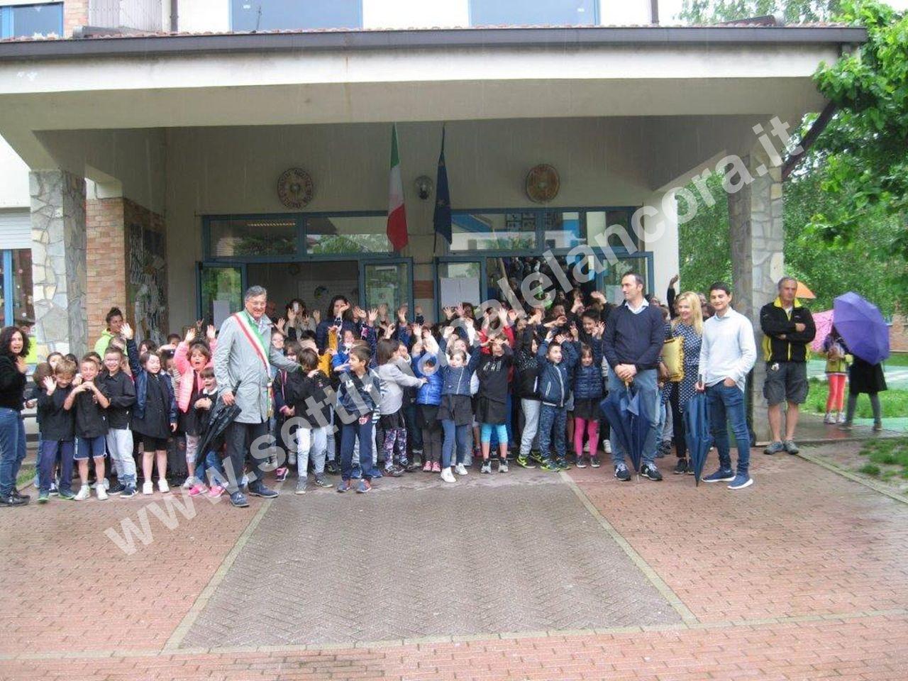 A Santo Stefano Belbo, inaugurato scuolabus