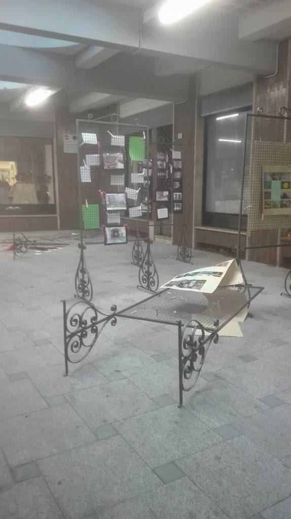 Atti vandalici in Galleria Garibaldi ad Acqui
