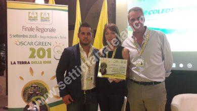 """Oscar Green a Manuela Moretti dell'azienda """"Molino Moretti"""", categoria Campagna Amica"""