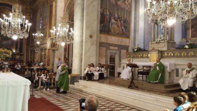 Photo of Un abbraccio tra la comunità parrocchiale e don Paolino