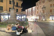 rifiuti in piazza Italia