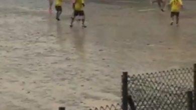 Calcio ligure sotto la pioggia...
