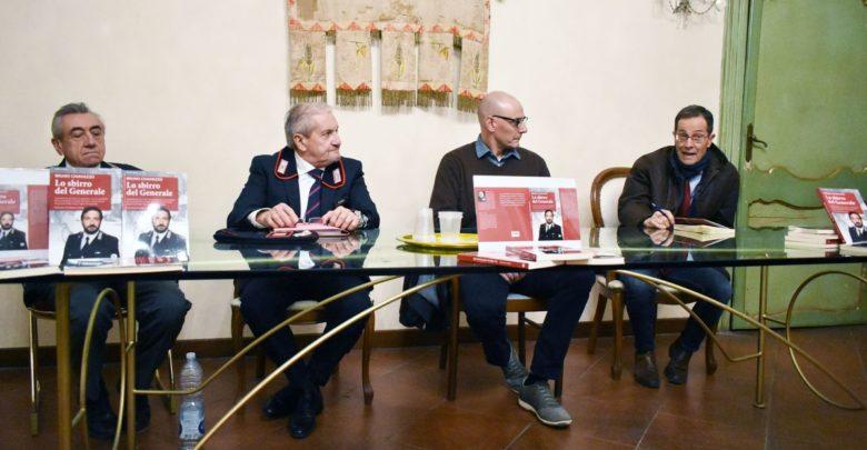 """""""Lo sbirro del Generale"""", presentato il libro di Bruno Chiavazzo"""