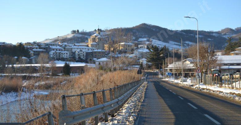 Scuole chiuse domani, venerdì 1 febbraio, per allerta arancione per neve