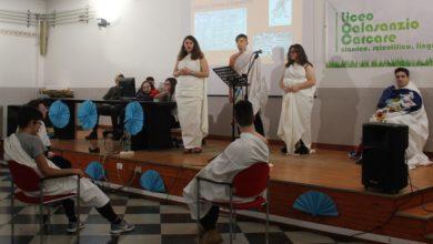 """Anche il liceo Calasanzio di Carcare ha partecipato alla """"IV Giornata mondiale della lingua e della cultura greca"""""""