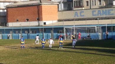 Calcio Canelli-Varese, il rigore di Camara parato da Zeggio