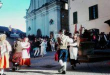 La sfilata della Lachera in Slovenia davanti a tanta gente