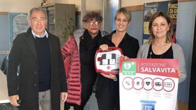 """Photo of """"L'Ovada che… vorrei"""" dona un defibrillatore semiautomatico"""