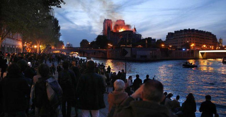 Cesare Nosiglia e l'incendio di Notre Dame