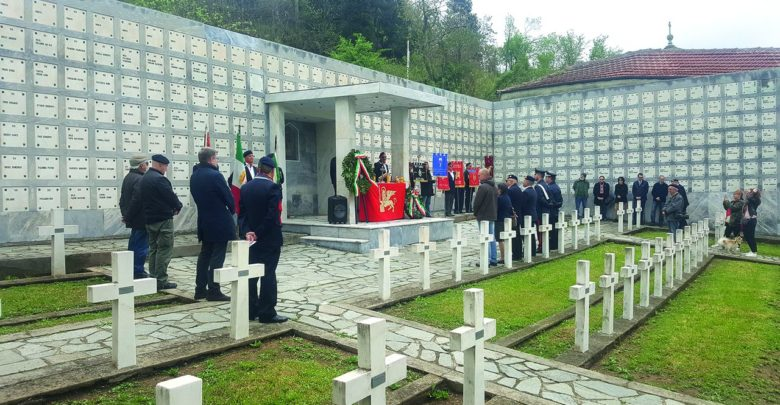 Fratelli d'Italia di Acqui al cimitero di Altare