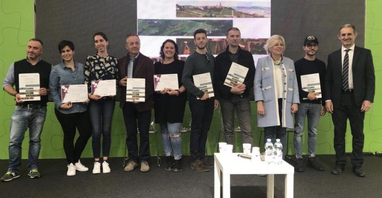 Premiati al Salone del Libro i vincitori del concorso fotografico #icoloridellavite