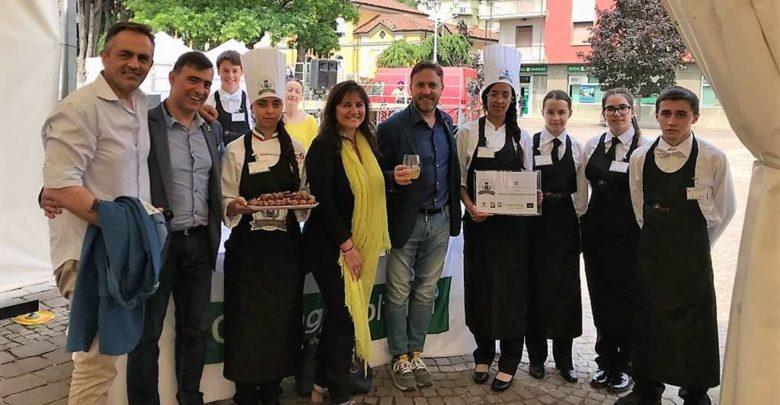 """Il """"Pestato ai profumi di Ligura"""" alla festa delle denominazioni comunali a Cairo Montenotte"""