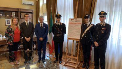 Carabinieri di Asti, presentati gli adesivi antitruffa