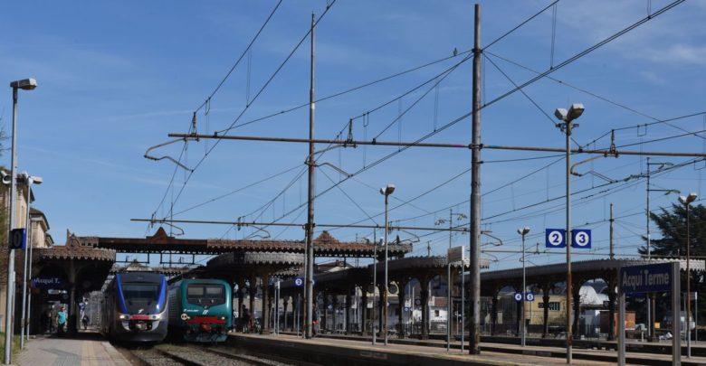stazione di Acqui Terme, treni