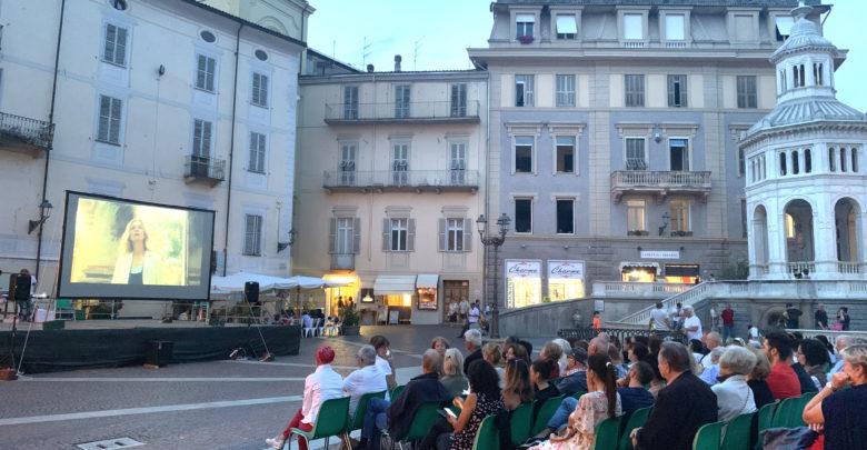 Al cinema in piazza Bollente