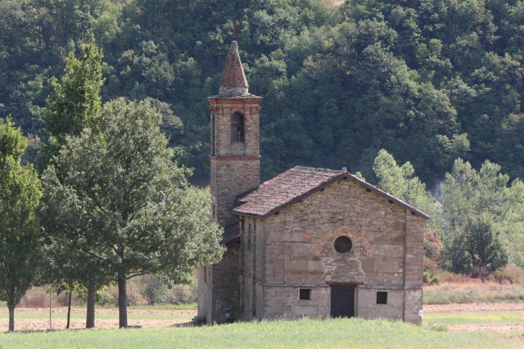 Arzello, la chiesetta di San Secondo