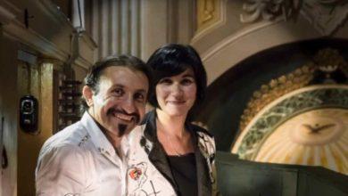 Photo of Gli Amici dell'organo: il tenore Barbato e l'organista Scavio all'harmonium