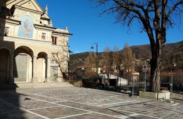 Piazza Viotti a Rossiglione