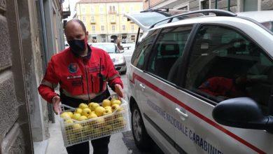 Photo of La solidarietà nel tempo di Coronavirus: grazie alle Associazioni di volontariato che consegnano borse di alimenti