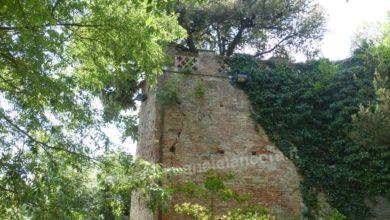 castello paleologi - degrado