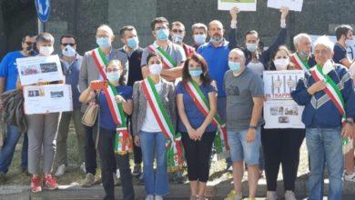 Photo of In tanti a Masone a protestare per l'autostrada e la 456 del Turchino