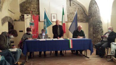Photo of Rocca Grimalda: molti giovani  in Consiglio comunale